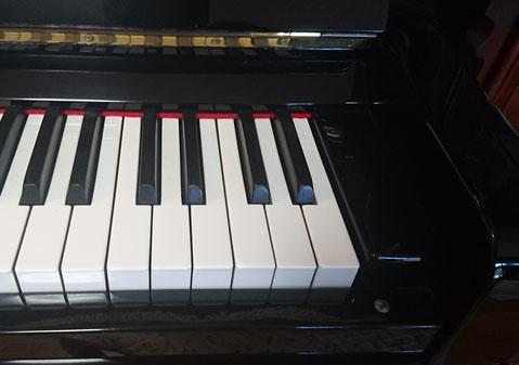 生徒さんちのピアノ
