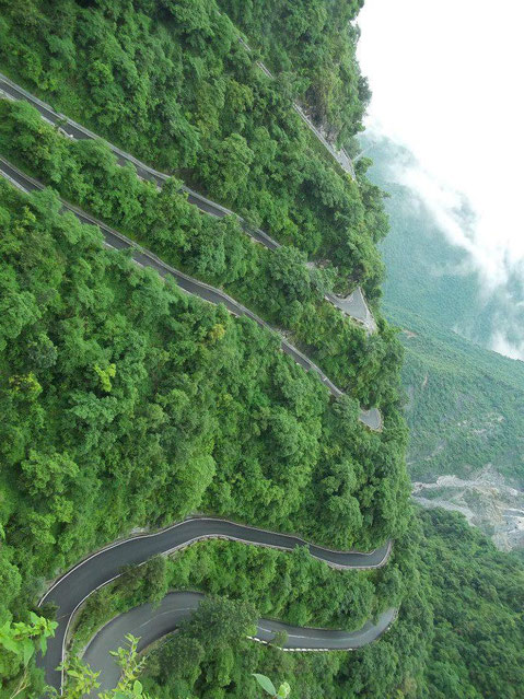 The road to Dehra Dun, India