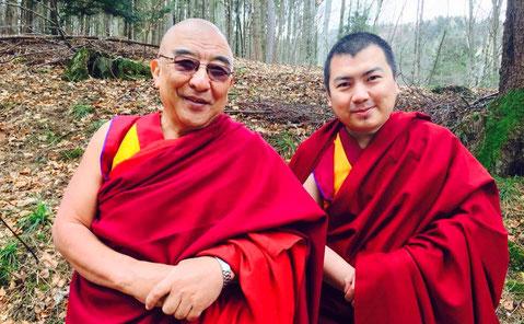Lama Thamthog Rinpoche Abate del monastero del Dalai Lama e Khenrab Rinpoche.