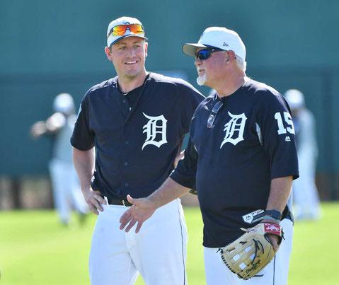 Nella foto il lanciatore Jordan Zimmermann con il manager Ron Gardenhire (Robin Buckson, Detroit News)