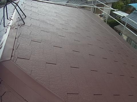 熊本市M様家のコロニアル屋根塗装完成。おしゃれブラウンカラー使用。