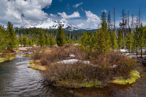 Cascade lakes mit Blick auf den Broken Top