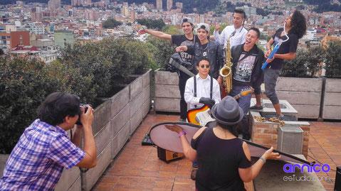 Fotógrafo para bandas musicales ArnicoEstudio.com