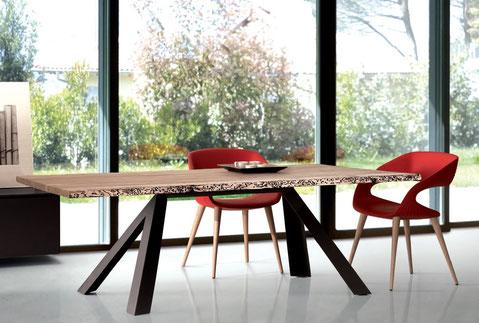 Briccola Tisch, rustikaler Tisch, Holztisch, Tisch Venedig Pfähle, Tisch mit Wurmlöcher, Tisch mit modernem Gestell