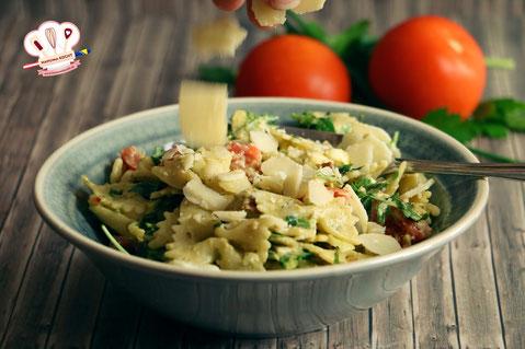 Sommergerichte Zucchini : Italienischer nudelsalat partysalat grillbeilage italijanska
