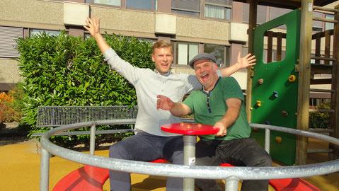 TV-Moderator Thomas Odermatt und Martin Soom im Gespräch über die Arbeit als Spitalclown bei der Stiftung Theodora