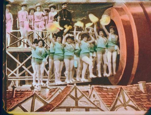 (C)Steamboat Films-Lobster Films-2011
