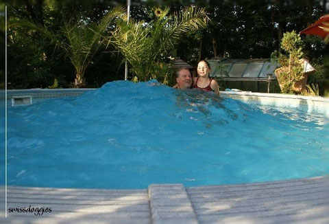 und genossen ein erfrischendes Bad ;-)