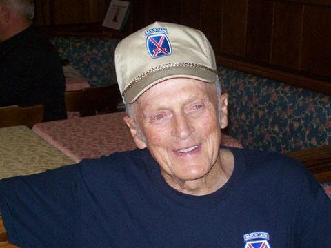 Reduce del Maine, Wilbur Vaughan. Cartografo della 10 Divisione da Montagna Americana intervistato dal regista Mauro Vittorio Quattrina a Torbole (TN)