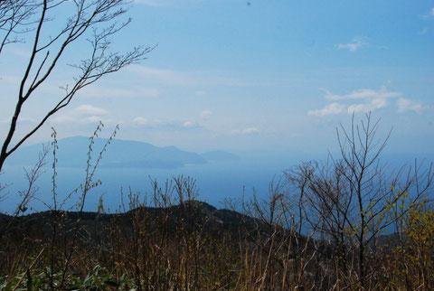 青葉山はもちろん丹後半島(灯台)まで見えるそうです