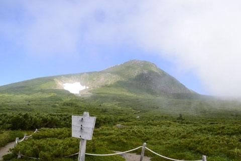 展望歩道から見る御前ヶ峰