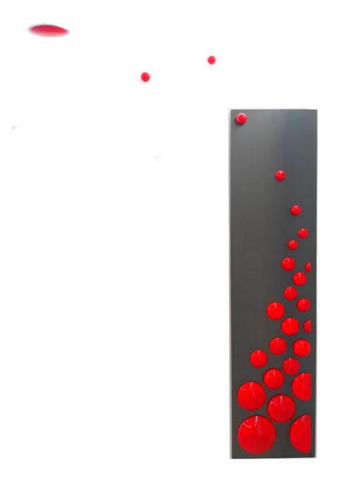 Exemple de tableau de 185cm de hauteur avec des bulles supplémentaires  fixées au mur et au plafond