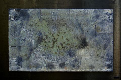 Terre cuite réfractaire, cuisson au bois en four Anagama - Réalisée au Japon - Hauteur : 51cm - Largeur : 77cm - Disponible à la vente