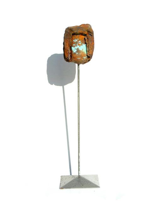Acier oxydé soclé sur tige d'acier - Hauteur : 32cm - Collection de l'artiste