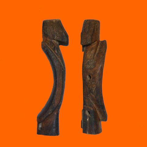 Hauteur : 41cm - Largeur : 10cm - Profondeur : 13cm - Collection de l'artiste