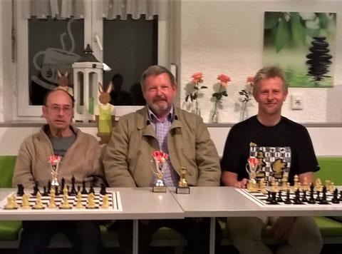 Links: Hans Karl, Rolf Walti (Sieger), Thomas Fischer