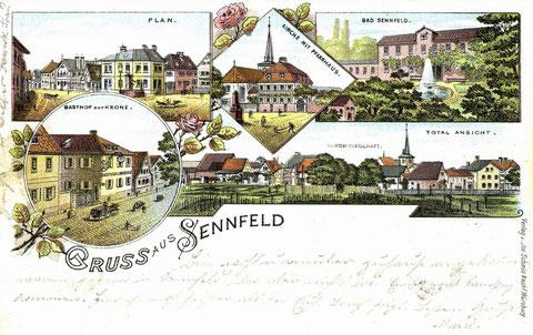 Gruß aus Sennfeld 1898. Vor dem Pfarrhaus ist das Denkmal für die Teilnehmer der Kriege 1866 und 1870 zu sehen. Der Brunnen im Bad Sennfeld ist eine Fantasiedarstellung. Ein Springbrunnen hat es dort nie gegeben