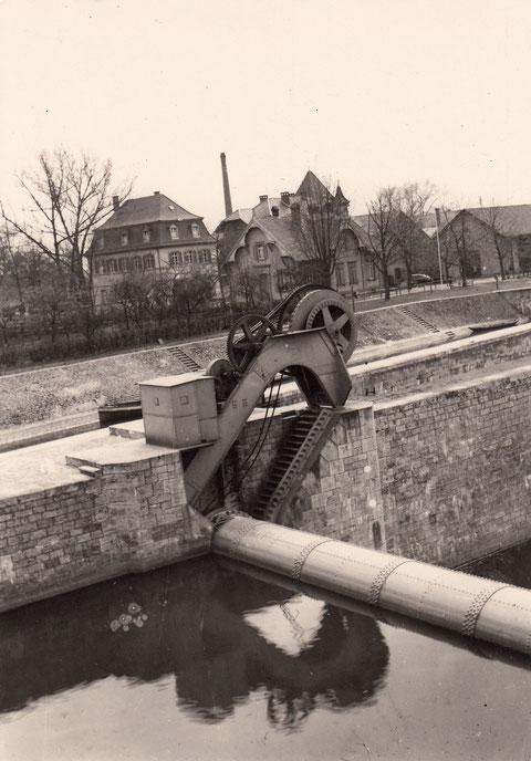 1930 Trommelwehrantrieb