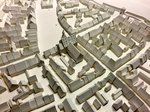 Blick auf Rathaus und Marktplatz