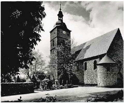 Kreuzkirche nach dem Neubau des Kirchenschiffes