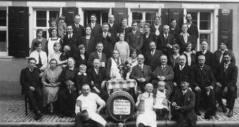 1933 anlässlich des 100. Betriebsjubiläums