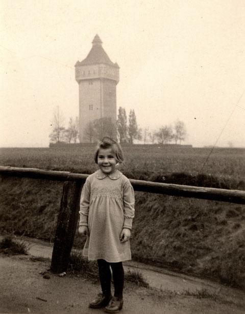 Der Wasserturm am Bergl 1950