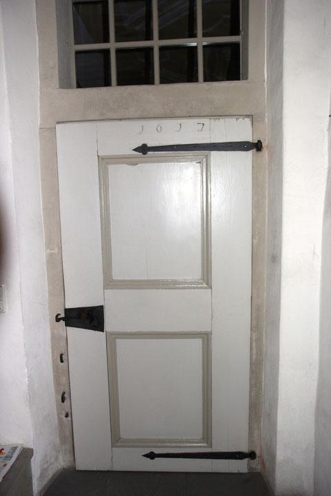 Tür zum Eingangsbereich - Jahreszahl 1622