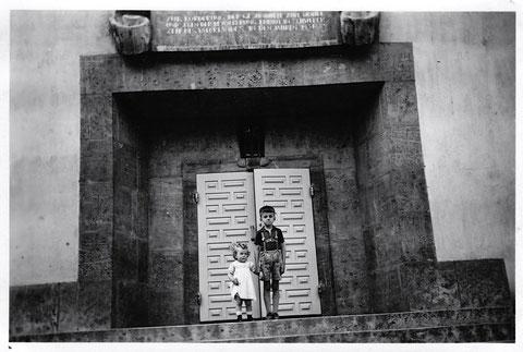 Eingang des Ernst-Sachs-Bad Juli 1938