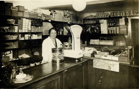 Wolfsgasse 14, Geschäftsraum, 1932 - Danke an Familie Karg