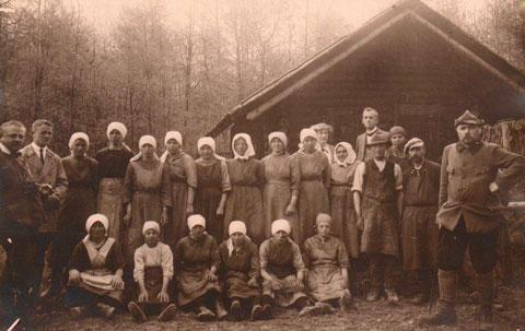 Förster und Waldarbeiter(-innen) 1925