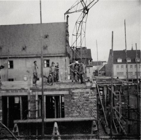 Danke an Bernd Glück - Bau des neuen Rathauses 1954/1955