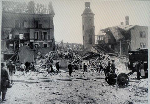 Roßmarkt mit Bauschenturm