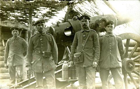 Russland Januar 1917 - Schweinfurter Infat. am 15cm Geschütz in Russland