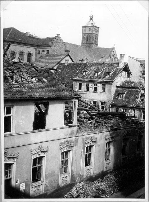 Zehntstraße Nr. 16 - nach einem Bombenangriff