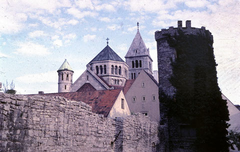 An der alten Stadtmauer an der Rüfferstraße (heute Kaufhof) Ende der 1950er