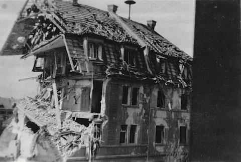 Nach Luftangriff 17.09.1943 - Neutorstraße 43 - vergrößerbar!