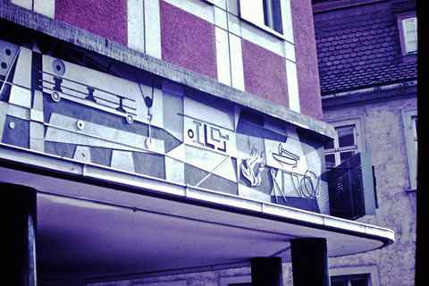 Postplatz 1958, Krönlein Sgrafittoarbeit