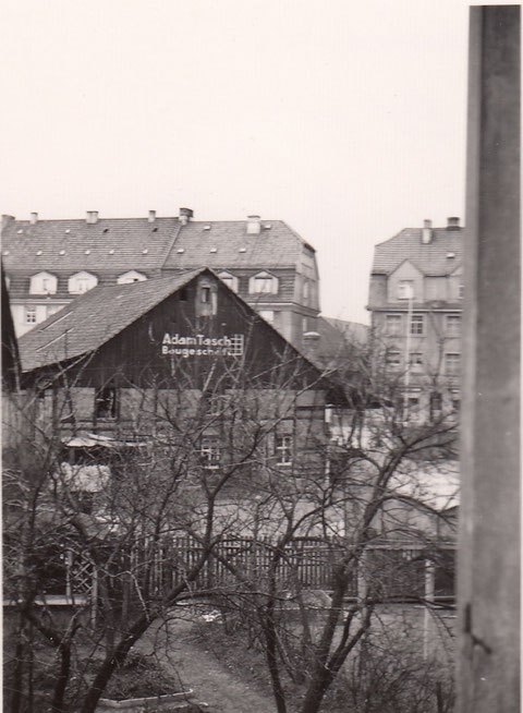 ca. 1940 - Adam Tasch hatte seinen Sitz in der Wilhelmstraße 3 hier Rückgebäude zur Niederwerrner Str.