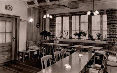 Cafe Schnaus Neue Gasse 66 - Danke an Frau Isolde Miller