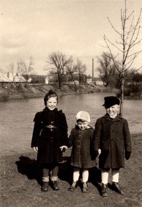 1953 am Main, rechts Horst Freiberger
