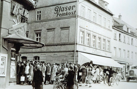 1950 - Feinkost Glaser im Nachkriegsdomizil - heute Georg-Wichtermann-Platz 12 (Hugendubel) - Danke an Peter Wiegand