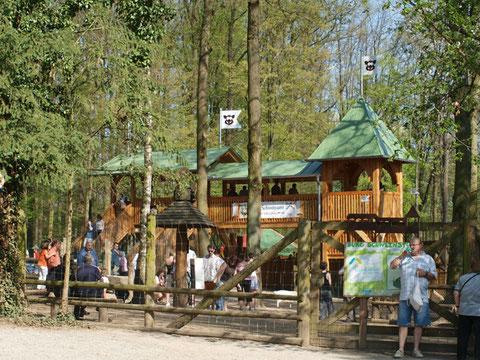 Im Schweinfurter Wildpark - Burg Schweinstein
