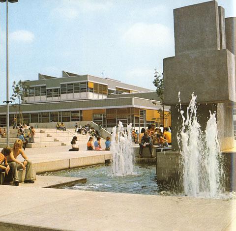 Bildungszentrum West mit Alexander-v-Humboldt-Gymnasium und Gewerblicher Berufschule