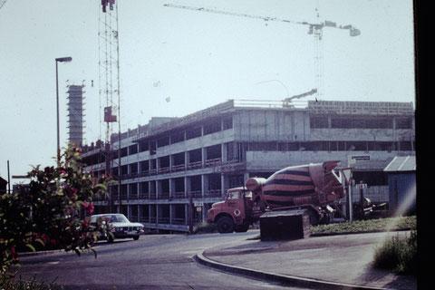 17.06.1975 - Baustelle Leopoldina-Krankenhaus - Danke an Christel Feyh - Foto Helmut Feyh