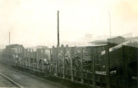 Soldatenzug verlässt den Schweinfurter Hauptbahnhof in den 1940ern