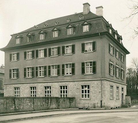 """Alte Reichsbamk in den 1930ern Ecke """"An den Schanzen""""/""""Neutorstraße"""""""