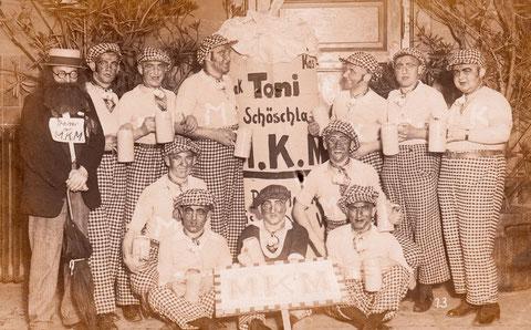 beim FC05: MKM = Maßkrugmannschaft 1920er - 2.v.l. Ludwig Kress