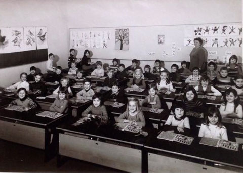 Lehrerin: Frau Schüll, 1. Klasse 1971, Gartenstadt Schule - Danke an Ingrid Doxtader