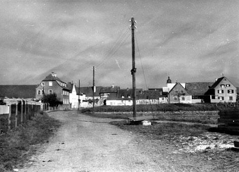 Gochsheim, Blick auf das Schwebheimer Tor vom Atzmann aus, 50er Jahre - Danke Peter Wiegand
