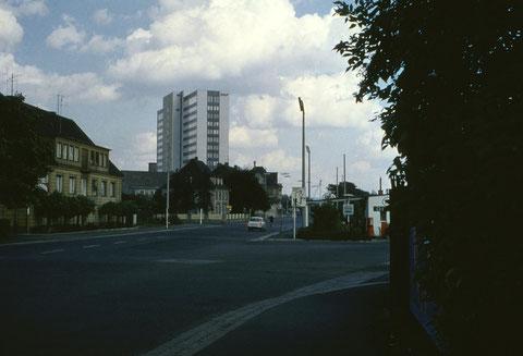 26. August 1962 - Blick von der Hauptbahnhofstraße auf das neue SKF-Verwaltungsgebäude